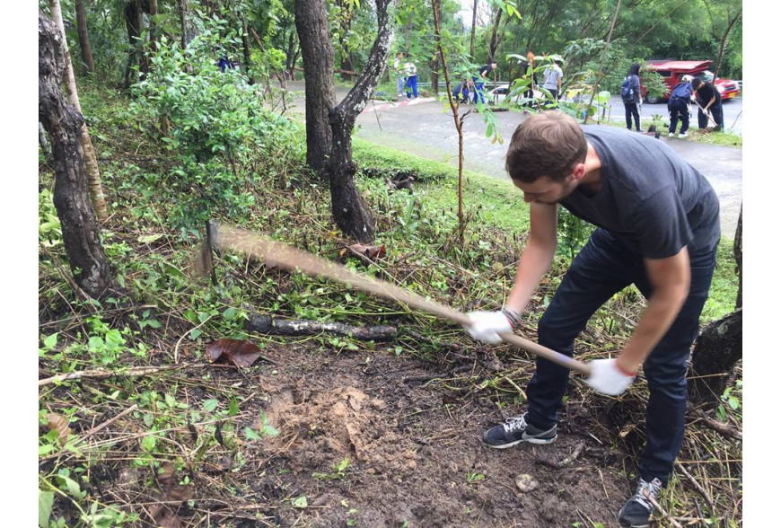 Journée sensibilisation et reforestation